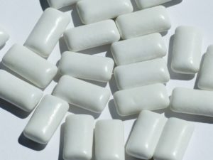 chewing-gum-115162_1280